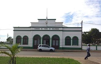 Xai-Xai - Image: Xai Xai train station (9493131901)