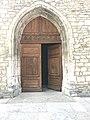 Église Saint-Nithier de Clairvaux-les-Lacs - porte en bois.JPG