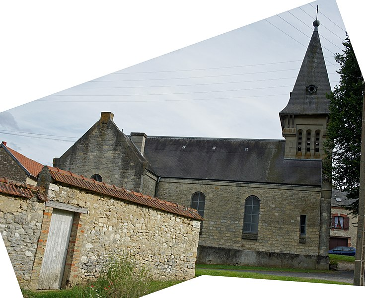 Le village d'Aubilly, vue de son église.
