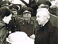 Лизичев А.Д. и Романов Г.В. в 6-й гв. омсбр. Берлин 1983.jpg