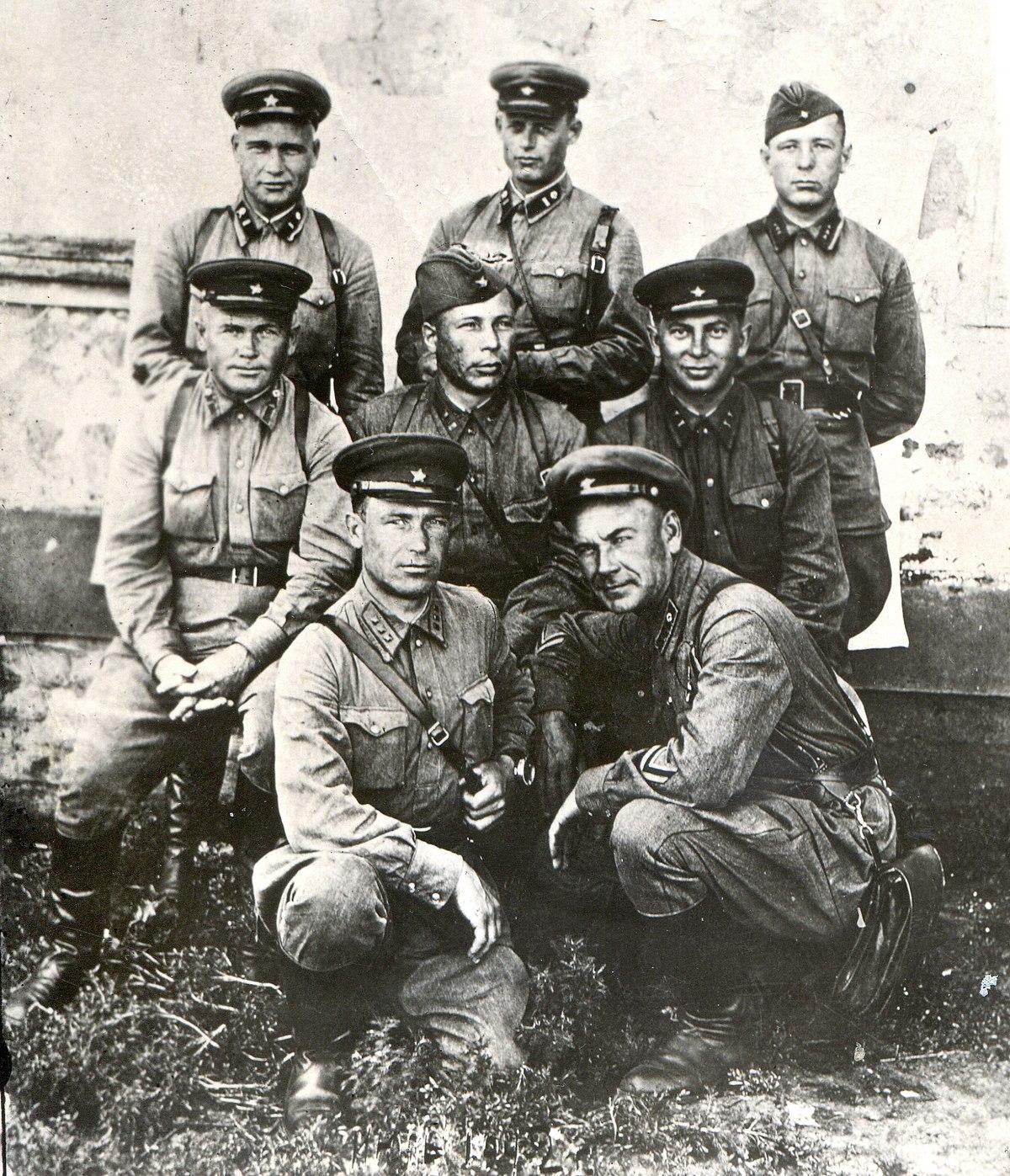 13я мо�о���елковая дивизия вн���енни� вой�к НКВД СССР