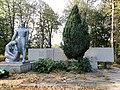 Пам'ятник 103 воїнам-односельчанам 1.1.jpg