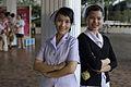 นายกรัฐมนตรี เยี่ยม พญ.พิภัทรา สายโลหิต แพทย์โรงพยาบาล - Flickr - Abhisit Vejjajiva (1).jpg