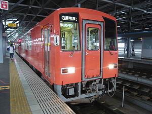 KiHa 120 - Image: キハ120 越美北線 朱5号