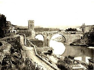 Puente de Alcántara - Image: 001 Alcantara the roman bridge