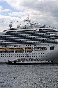 12-06-09-costa-fortuna-by-ralfr-18.jpg