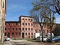 126 Fàbrica del Pont Vell (Sant Fruitós de Bages), cases dels treballadors.jpg