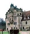 19870408250NR Gauernitz Schloß Giebel Elbseite.jpg
