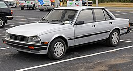 1987 Peugeot 505 Turbo S, left front (US).jpg