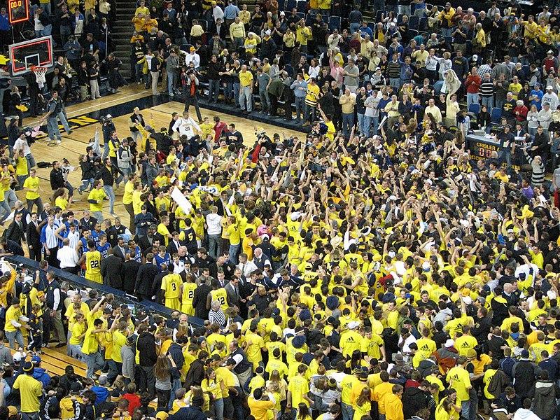 File:20081206 Crisler Arena fan celebration after Duke victory.jpg