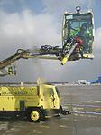 2009 airport deicing truck 02.jpg
