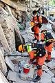 2010년 중앙119구조단 아이티 지진 국제출동100118 중앙은행 수색재개 및 기숙사 수색활동 (241).jpg