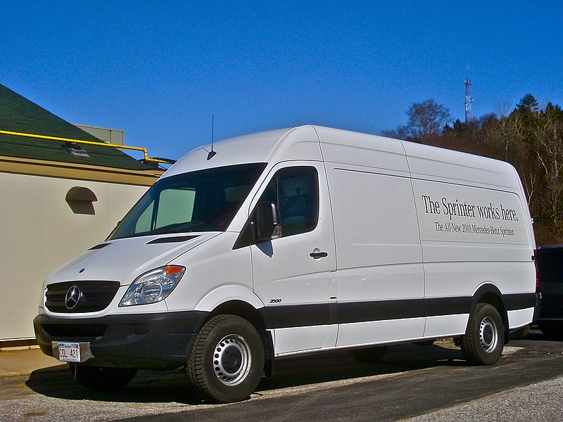Cargo Vans: 5 Perfect Models For Your Business Needs