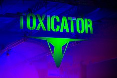 2015339222054 2015-12-05 Toxicator - Sven - 1D X - 132 - DV3P9219 mod.jpg