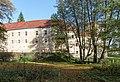2017 Park przy pałacu w Trzebieszowicach 1.jpg