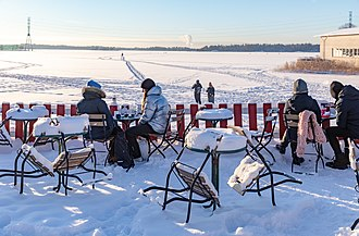 People enjoying the winter weather outdoors in Helsinki, Finland 2018 January in Helsinki (46315524324).jpg