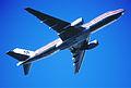 213bh - American Airlines Boeing 777-223ER, N772AN@LHR,13.03.2003 - Flickr - Aero Icarus.jpg