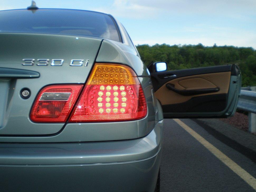 330ci LED tail