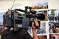 60e5c Kameramann Christian Janke vom NDR Norddeutscher Rundfunk filmt im Zelt der Mahnwache am Klagesmarkt in Hannover Bilder vom Taksim-Platz von den Protesten in der Türkei 2013.jpg