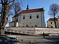 615943 małopolskie gm Liszki Morawica kościół ogrodzenie 2.JPG