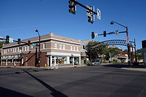 Highland Park Historic Business District at Euclid and Sixth Avenues - Image: 6th & Euclid Des Moines IA