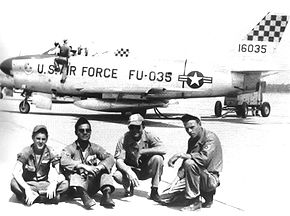 87th Fighter-Interceptor Squadron North American F-86D-30-NA Sabre 51-6035 1956 Lockbourne AFB.jpg