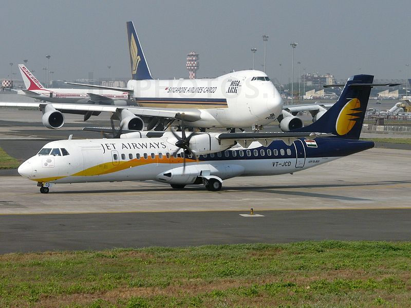 File:ATR 72-212A(500), Jet Airways JP7590918.jpg ...