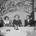 Aankomst van de zangeres Maria Meneghini Callas op Schiphol Maria Callas tijden, Bestanddeelnr 910-5058.jpg