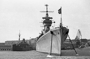 Admiral Lazarev Light cruiser Project 68-bis.jpg