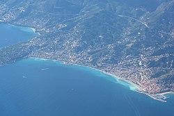 Aerial view of Menton 03.jpg