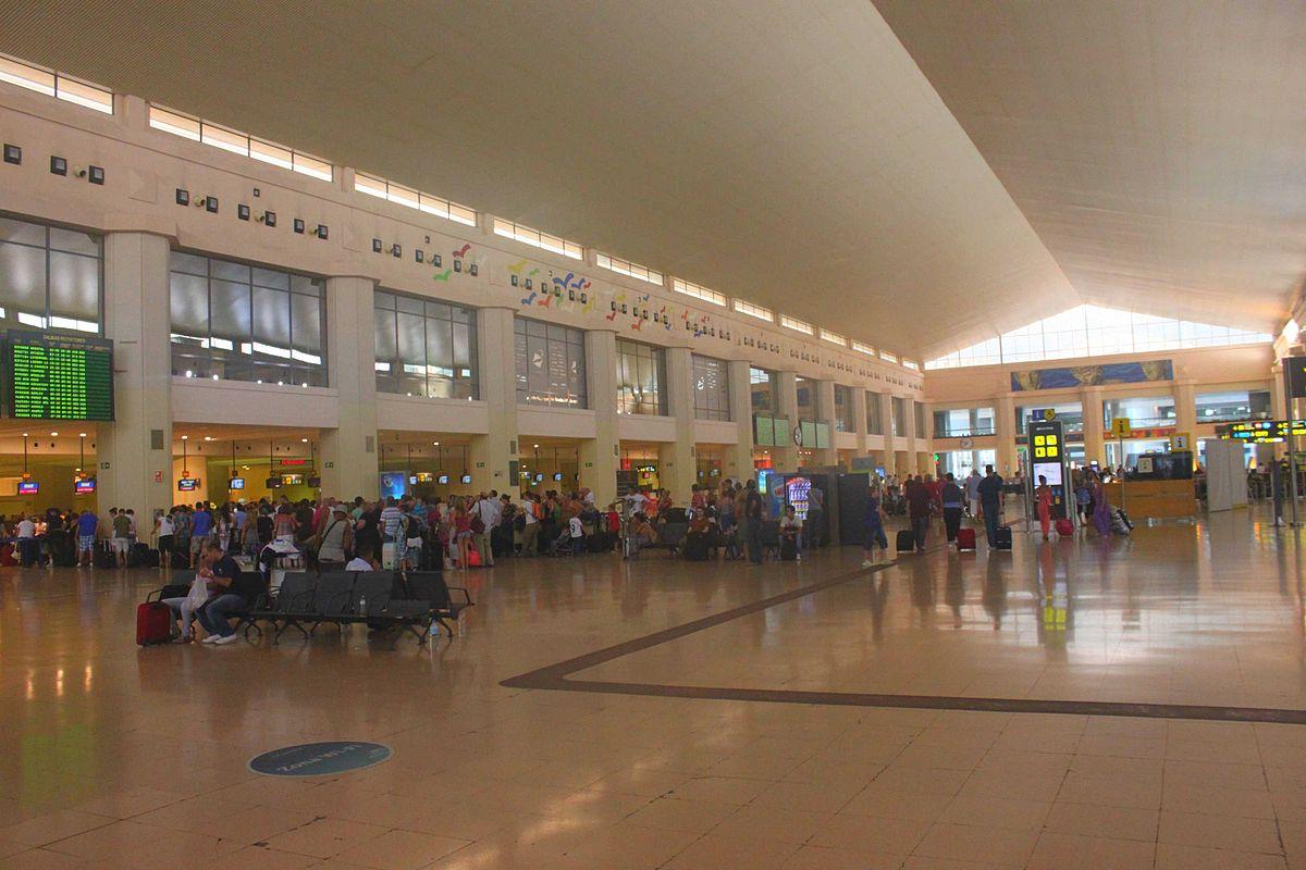 Malaga Airport Abflug