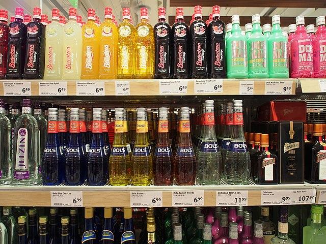 File:Alkoholische Getränke, Globus Saarbrücken, Bild 7.JPG ...