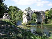 Ambrussum pont Ambroix.JPG