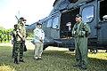 Amorim chega a Paricatuba para assistir Operação Amazônia 2012 (8030645477).jpg