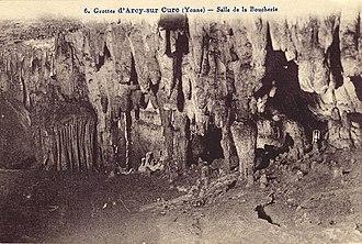 """Caves of Arcy-sur-Cure - """"Salle de la Boucherie"""" - old postcard"""