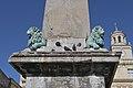 Arles obélisque deux lions.jpg