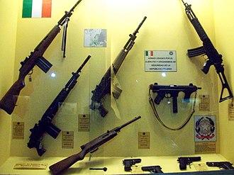 Beretta BM 59 - Image: Armamento Museo de Armas de la Nación 25