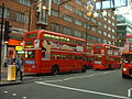 Arriva London Routemaster bus RML2636 (NML 636E), route 137, Oxford Street, 24 December 2003 (2).jpg