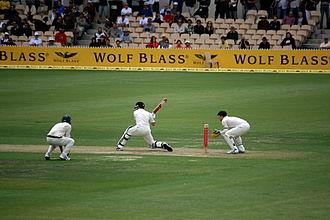 New Zealand cricket team in Australia in 2008–09 - Image: Ausvsnz adelaide 08 redmond 6 p 1