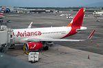 Avianca Airbus A319-132 N695AV (29066113365).jpg
