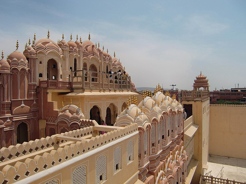 Places to See in India : Hawa Mahal, Jaipur, Rajasthan