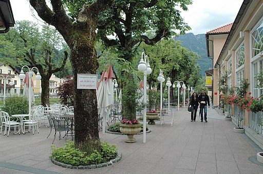 Bad Ischl Sophies Esplanade 10062005 01