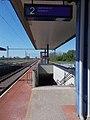 Bahnhof, Bahnsteig, Unterführung, 2021 Kápolnásnyék.jpg