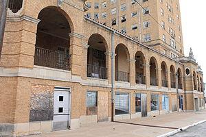 Baker Hotel (Mineral Wells, Texas) - Image: Bakerhotel 16