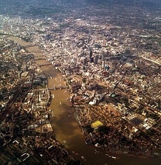 Bird's-eye view - Image: Baku London flight