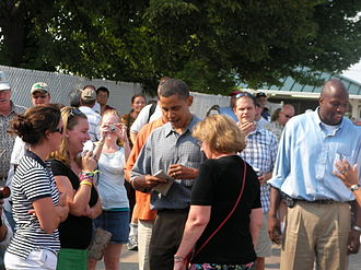Iowa Democratic Party - Barack Obama strolls the Iowa State fairgrounds, August 16, 2007