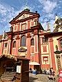 Bazilika Svatého Jiří, Pražský Hrad, Hradčany, Praha, Hlavní Město Praha, Česká Republika (48791899521).jpg