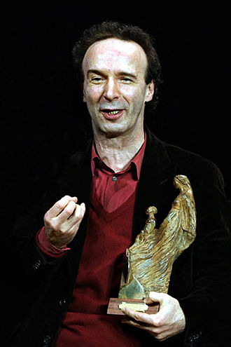 Roberto Benigni - Benigni receiving a prize in Terni, February  2006