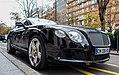 Bentley Continental GT W12 (2011-) (20720680108).jpg