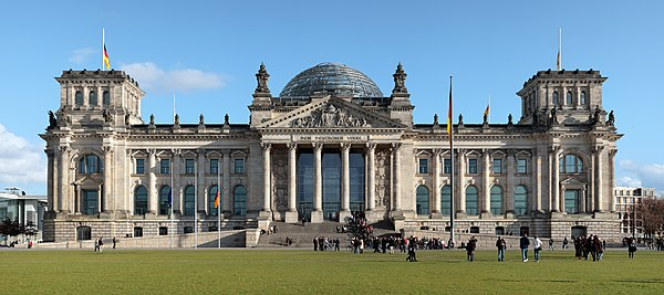 Group building project. - Page 2 600px-Berlin_reichstag_west_panorama_2